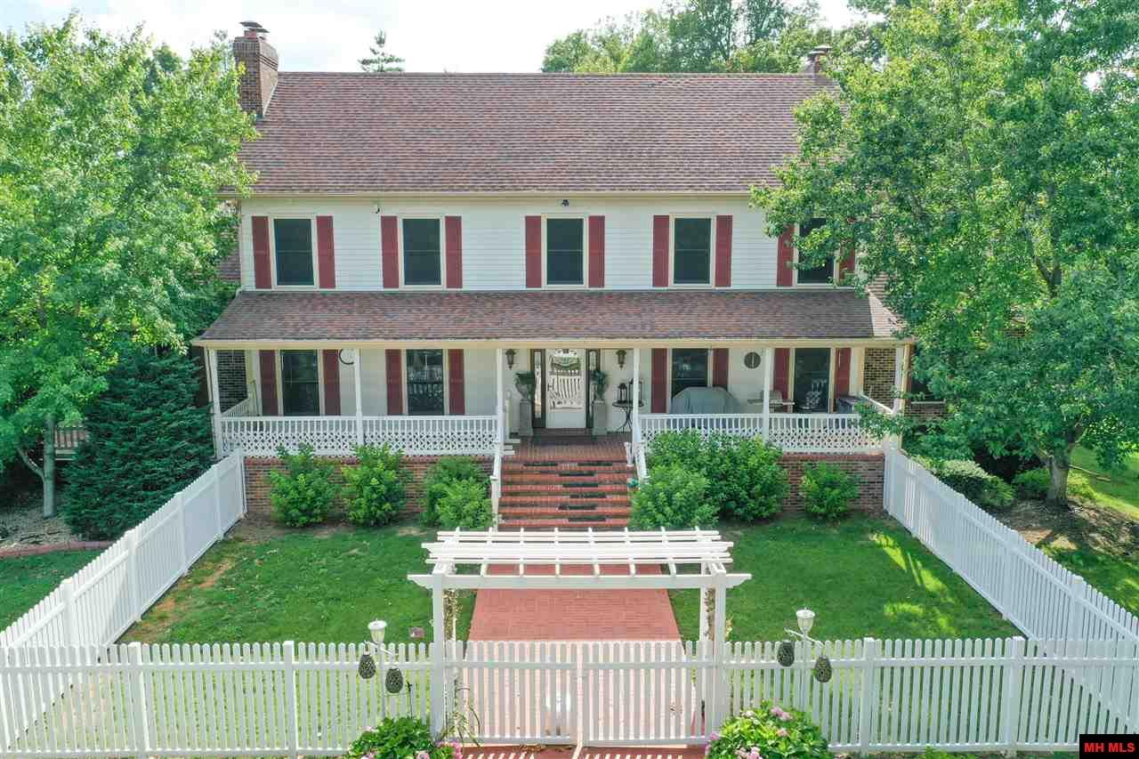 Residential for sale – 387  MC 7049   Flippin, AR