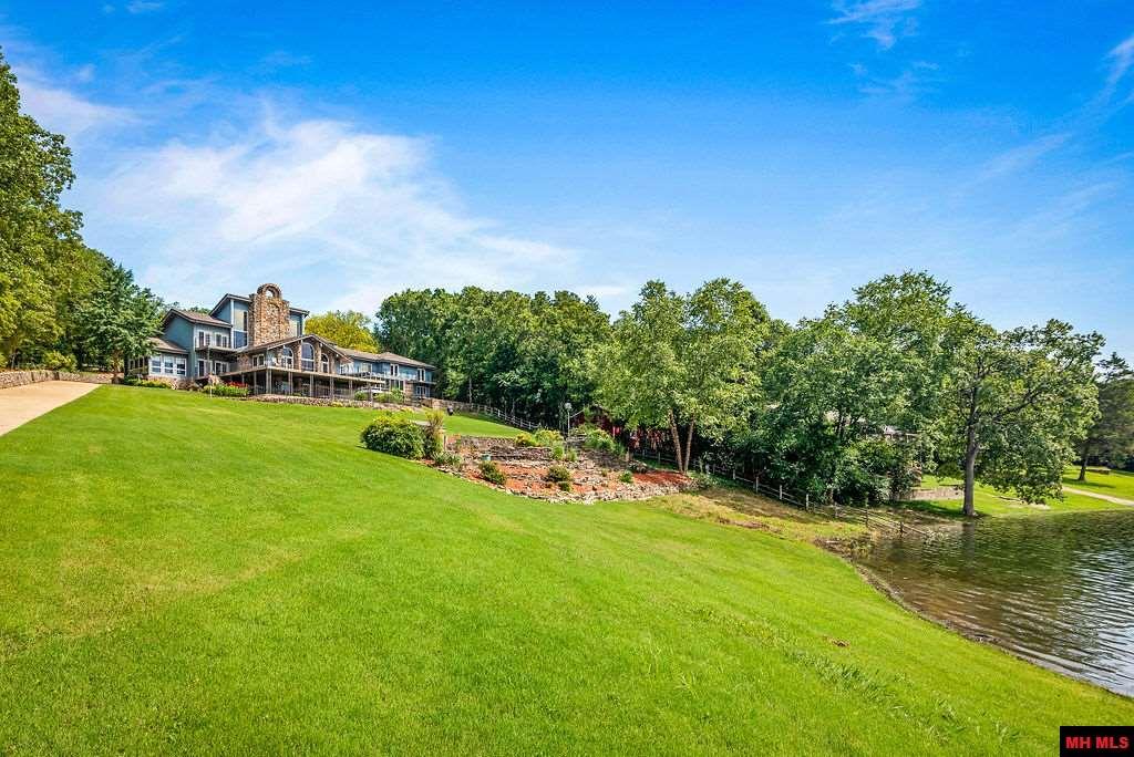 Residential for sale – 219  MALLARD POINT CIRCLE   Mountain Home, AR