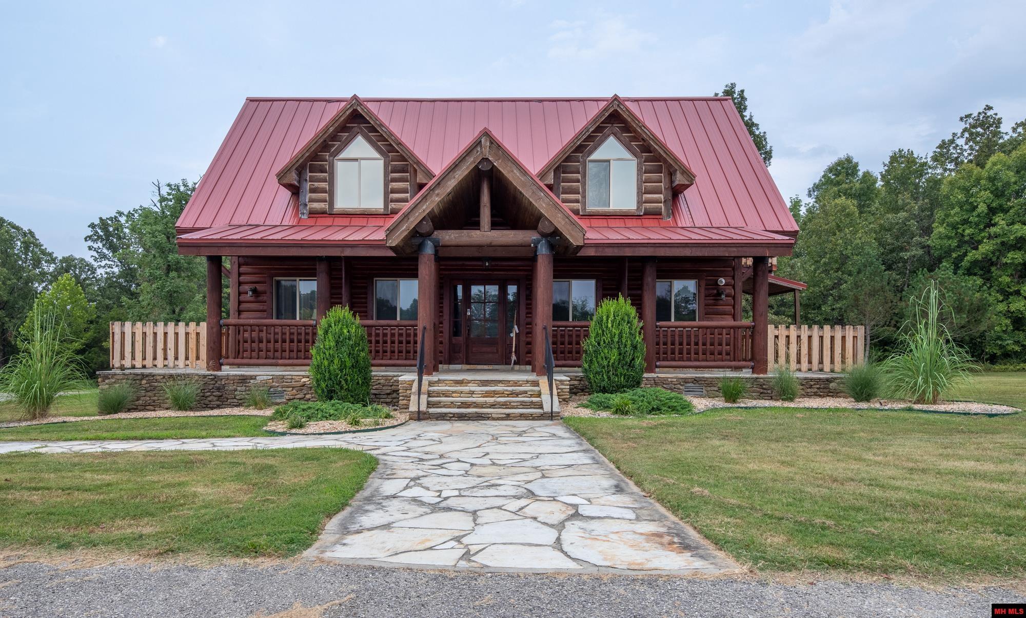 Residential for sale – 273  GOLDEN STAR LANE   Mountain Home, AR